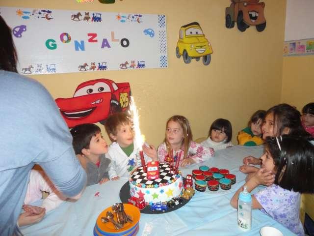 "Salon de fiestas infantiles ""solo para bajitos"""