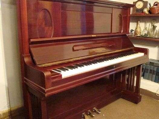 Afinacion y reparacion de pianos