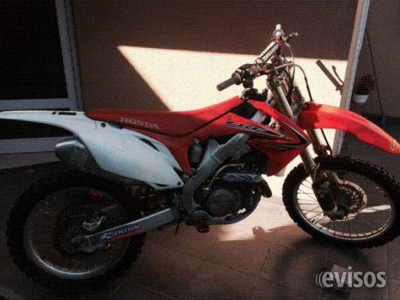 Impecable moto honda crf