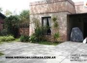 Tigre Venta  Casa 4 ambientes con pileta cercada en Barrio Santa Maria de Tigre