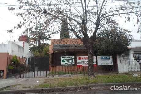 Tengo a la venta casa en venta en parque johnston (3sx9) el mejor lugar.