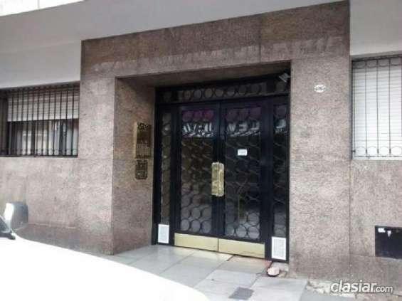Excelente precio departamento en venta en almagro, capital federal p. usd 75000 buen barrio.