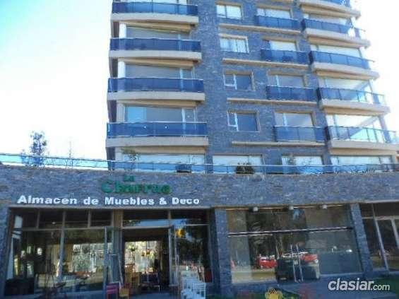 Estoy vendiendo excelente departamento a estrenar . 4 ambientes. 3 dormitorios. 1000 m2. 131 m2c. . #96022. espero tu consulta.