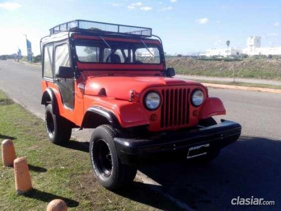 A buen precio jeep ika 4x4 titular a buen precio.