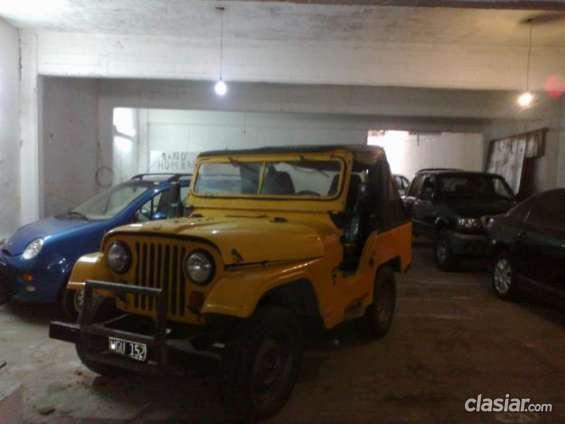 Vendo jeep ika original gnc titular apurado.