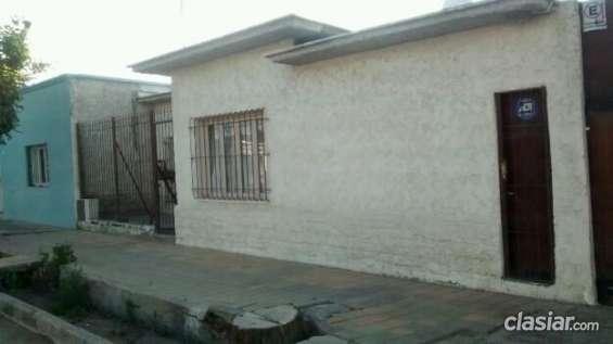 Excelente vendo casa muy bien ubicada 800 mts cuadrado 200 mts cubiertos consultame ahora.