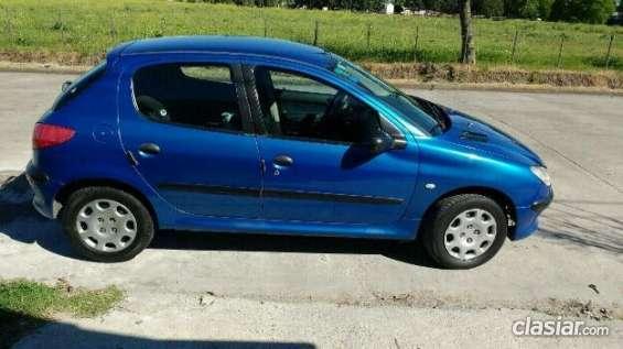 Se ofrece vendo peugeot 206 2004 premium diesel ! muy bueno ! el precio mas bajo.