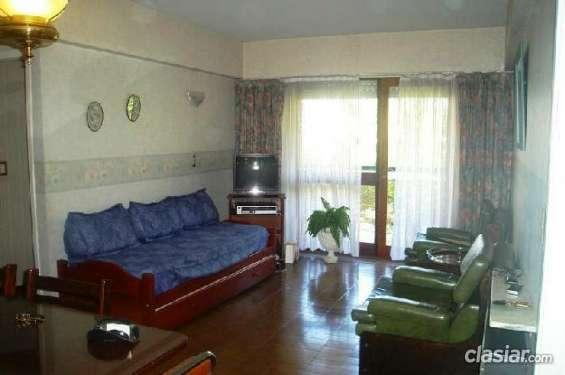 Alquilo urgente alquiler temporada - depto 2 amb. plaza mitre - mar del plata. 2 ambientes. 1 dormitorio. 50 m2. 50 m2c. . #51274. muy buena ubicación.