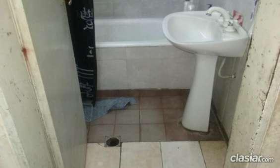 Fotos de Aviso urgente vendo casa en burzaco a 2 cuadras de yrigoyen y 2 cuadra de camino 5