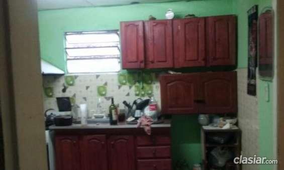 Fotos de Aviso urgente vendo casa en burzaco a 2 cuadras de yrigoyen y 2 cuadra de camino 3