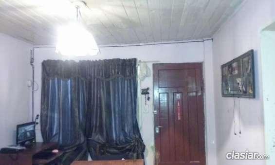 Fotos de Aviso urgente vendo casa en burzaco a 2 cuadras de yrigoyen y 2 cuadra de camino 4