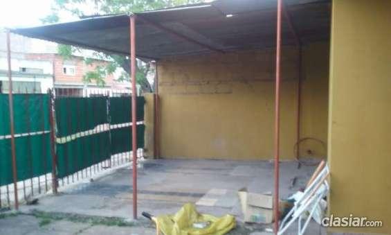 Fotos de Aviso urgente vendo casa en burzaco a 2 cuadras de yrigoyen y 2 cuadra de camino 2