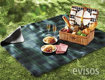 Tenemos paneras y canastos de mimbre decoradas ideal para ir de picnic