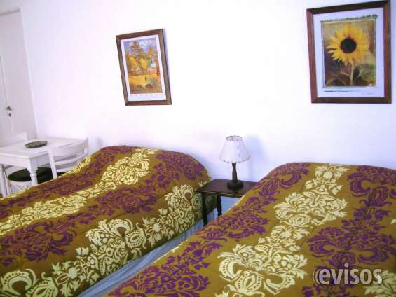 Us$650 monthly, palermo sunny studio, owner direct, all inclusive, deluxe beds!