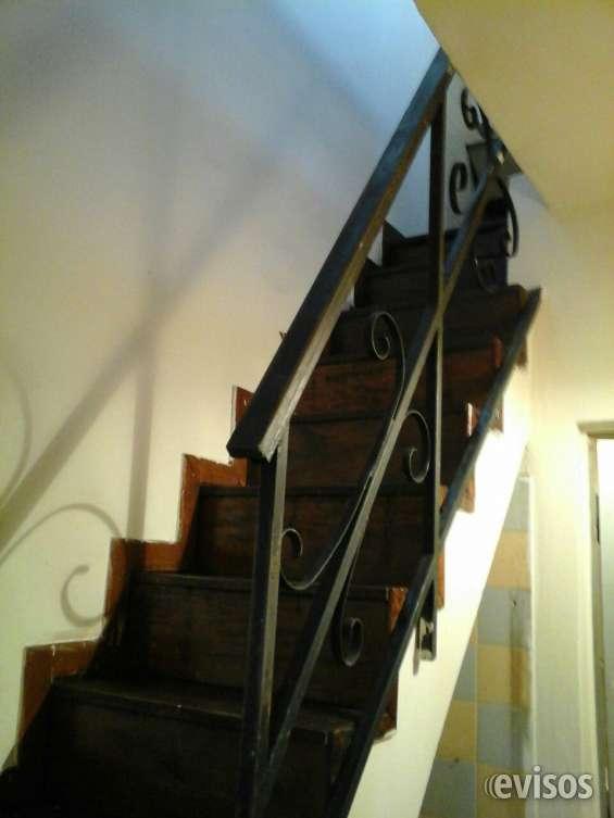 Escalera hacia habitacion planta alta