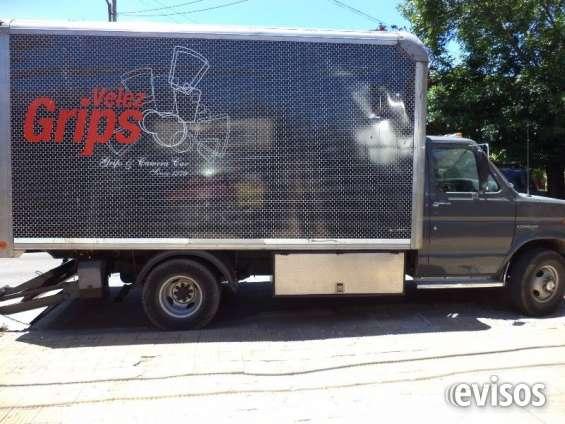 Camiones para filmacion con pala hidraulica y furgones