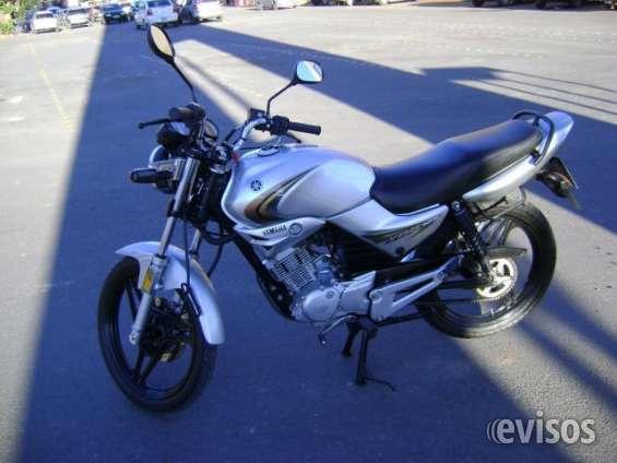 Yamaha ybr full gris impecable !!!