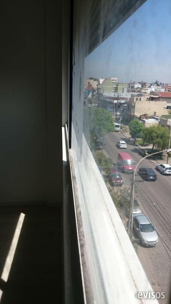 Vistas sobre avenida