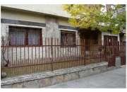 Venta casa en Moron,100 mts cubiertos
