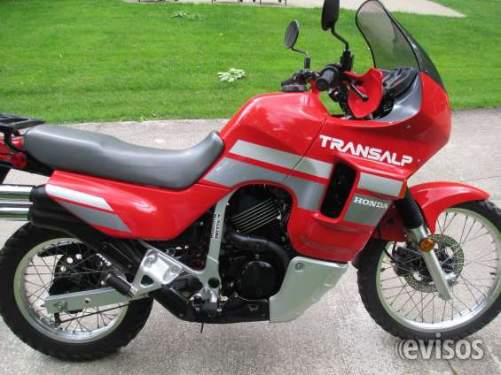 Motocicleta honda xlv 600 transalp 1990