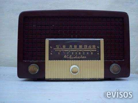 Radio a balbulas rca victor de 80 años