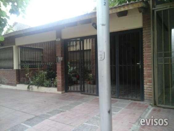 "Vendo ""hermosa casa"" b° municipal challao las heras"