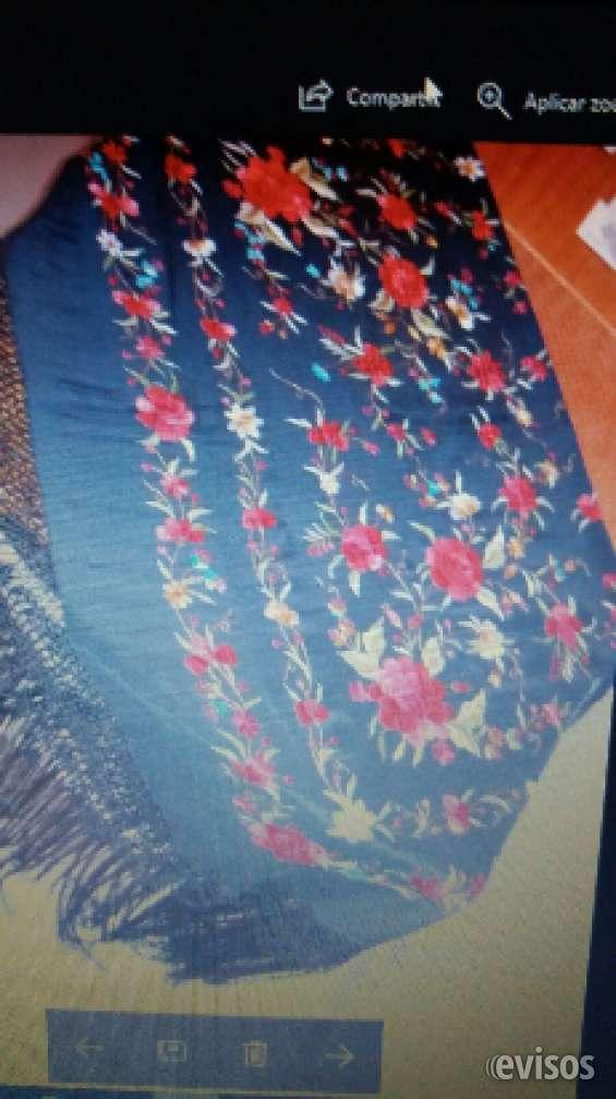 Manton de manila origen españa ( sevilla )