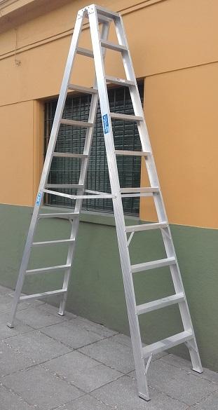 Escalera aluminio reforzada tijera doble 10 escalones altura 3.00 mts
