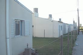 Vendo o permuto por auto casa de plan de vivienda zona alvarado y calle 190. mar del plata