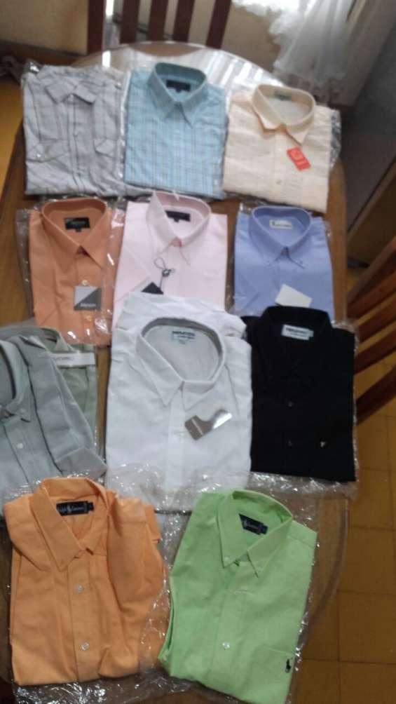 Lote de ropa masculina / hombre (nueva para reventa, remeras, sweaters, pantalones, chalec