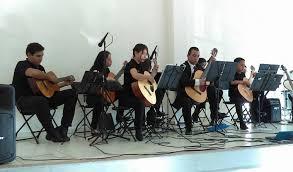 Guitarra ukelele canto