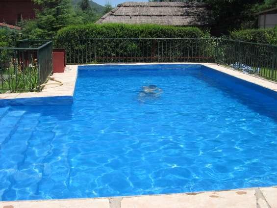 Dño alquila chalet con piscina villa carlos paz gran oportunidad.