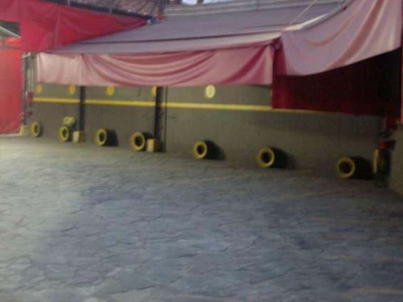 Cocheras fijas con seguridad y valet parking