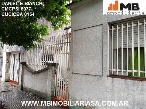 Vendido!! floresta venta casa 3 amb.c/patio y garaje en chivilcoy al 1500