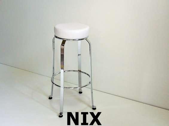 Fotos de Taburetes sillas mesas ratonas mesas sillones para sala de estar y oficina 7