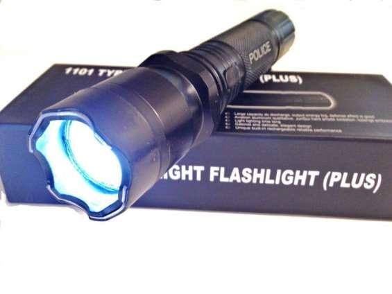 Linterna picana eléctrica recargable defensa personal