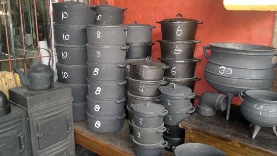 Cacerola de fundicion de hierro con tapa