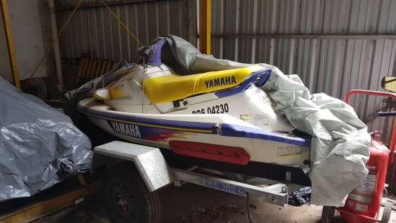 Dueño vende moto de agua yamaha wave runner '96. excelente estado!