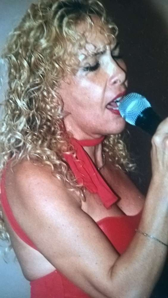 Profesora de canto en villa devoto
