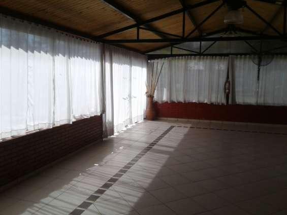 Alquilo salon de eventos- rodeo del medio- maipu-mendoza