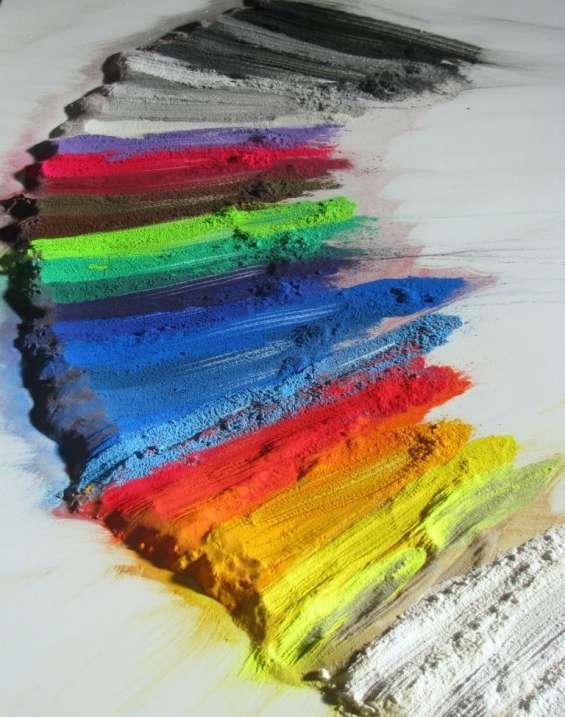 Pintura époxi en polvo , rpl 4289-0311 aplicacion sobre metales alta produccion