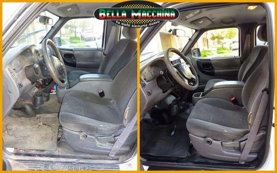 Limpieza del interior del auto en bahia blanca