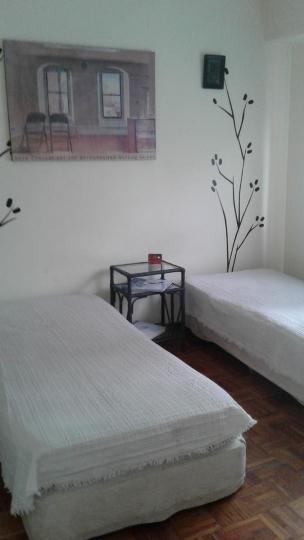 Recoleta - billinghust al 2100 (ref 945) 2 camas simples ,uba, barcelo, uces, uade,