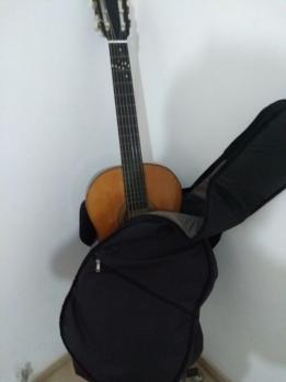 Funda nueva de la guitarra