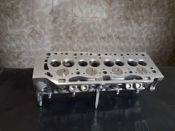 Tapa de cilindro renault 19 diesel kangoo 1.9