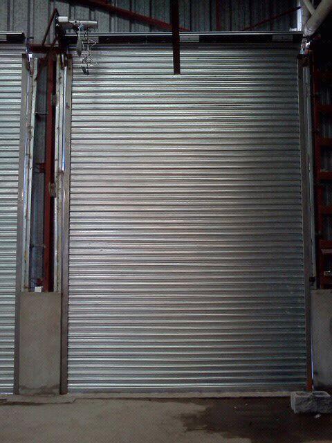 Fabrica de cortinas acorazadas, planas
