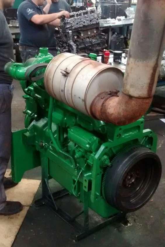 Mecánica y reparación de tractores y cosechadoras especialistas en motores john deere