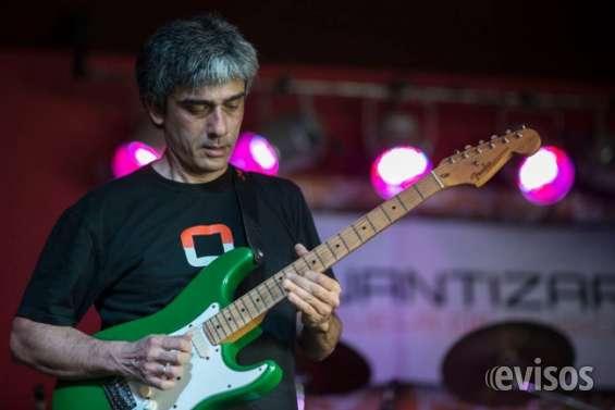 Clase de guitarra en villa bosch