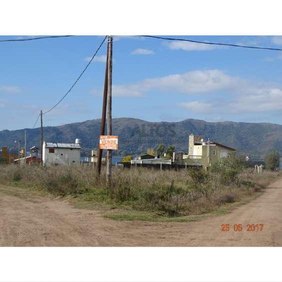 Potrero de garay, terr. esq. 824 mts2 c/escritura y luz en barrio los espinillos