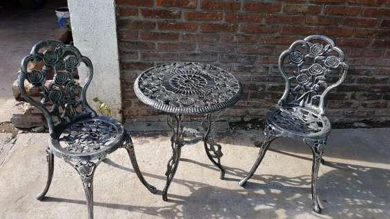 Juego para exterior mesa con 2 sillas